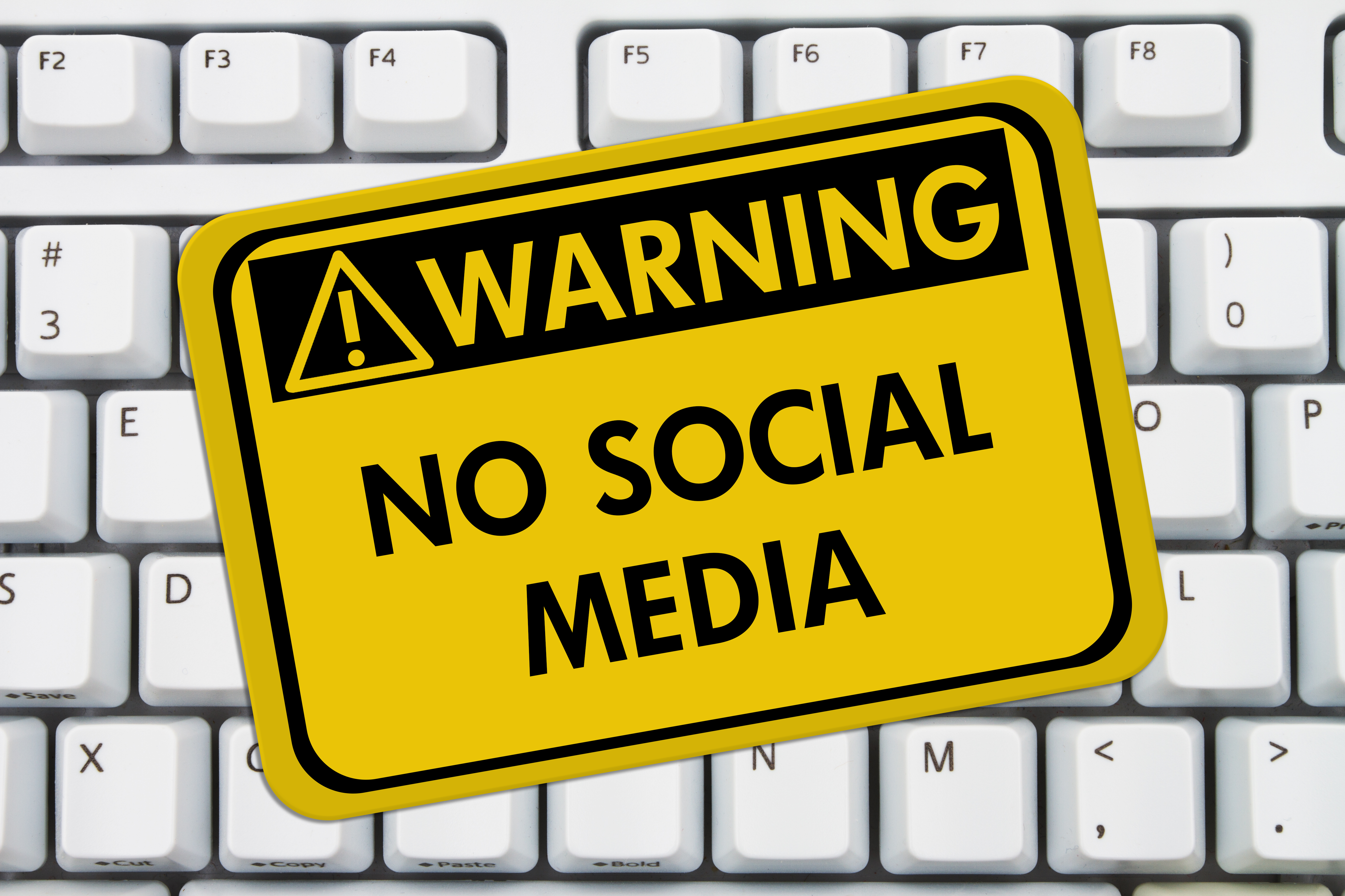 Social media the dos and donts in family law ward family law group solutioingenieria Images